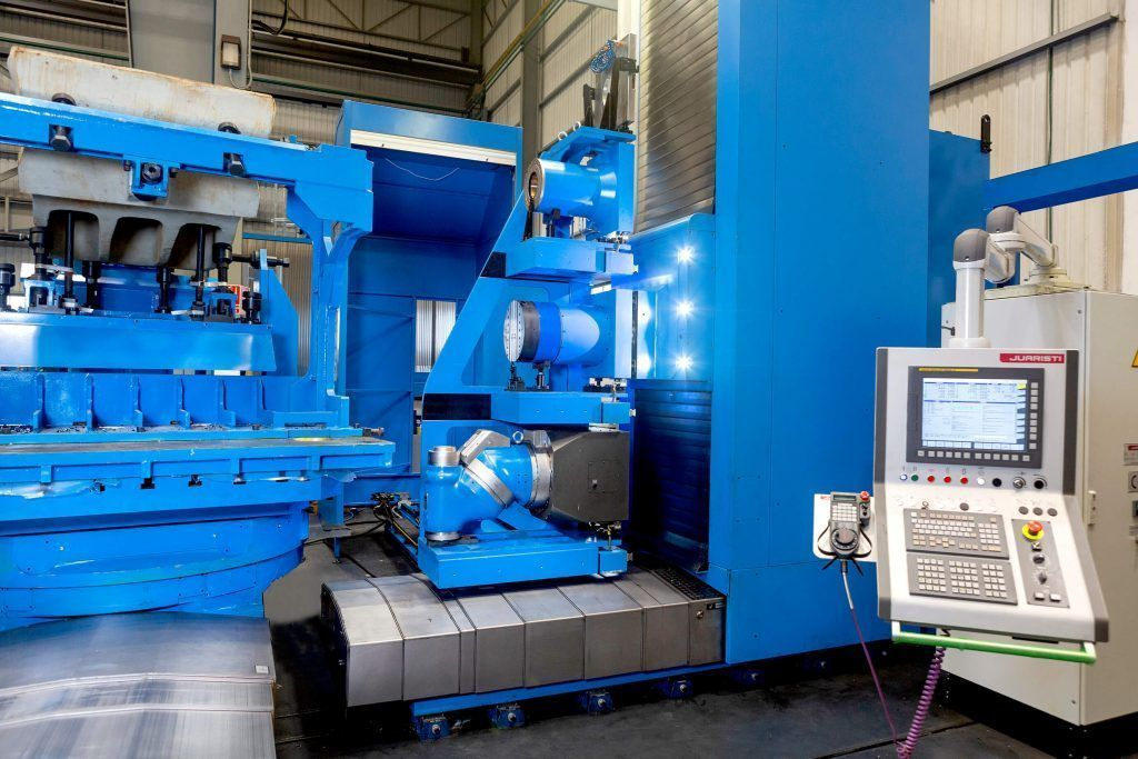 3060340 f 1 A comprehensive milling and boring center for manufacturing large rock and mineral crushers in India